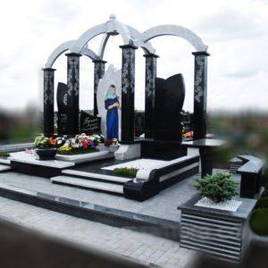 Пам'ятник E-023